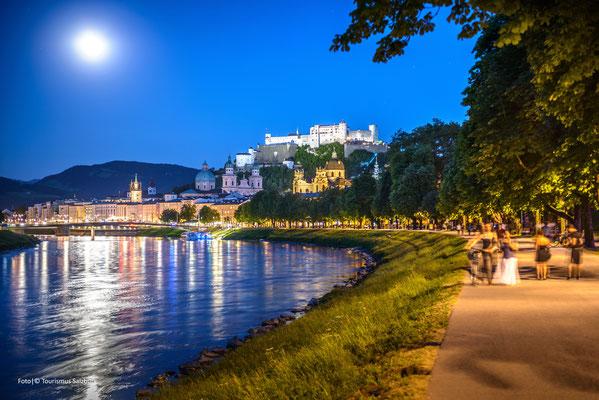 ..Abendführungen durch die Salzburger Altstadt..