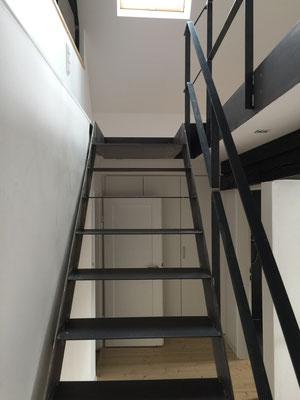 Treppe in das ausgebaute Dachgeschoss