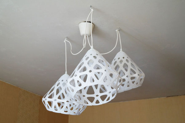 Triplet white chandelier ZAHA LIGHT