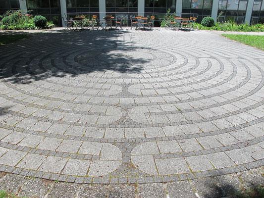 St. Ottilien (Exerzitienhaus: Garten - Labyrinth)