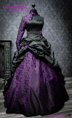 farbiges brautkleid in lila