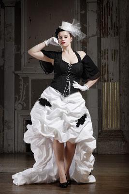 Kurzes Brautkleid, ausgefallene Brautmode