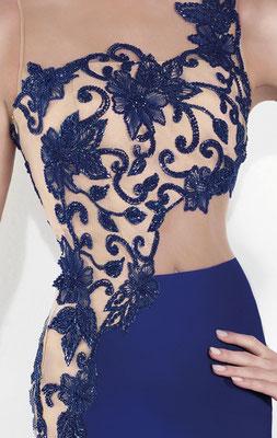 Extravagantes Abendkleid