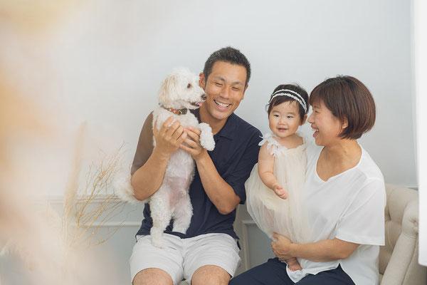 ワンちゃんと家族写真撮影