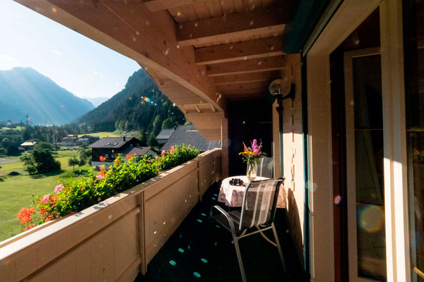 Appartment Monika im Montafon - Appartment Gweil - Balkon zur Talseite