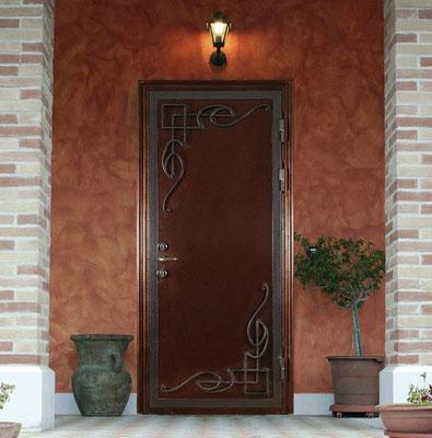 металлическая дверь с ковкой в Можайск.