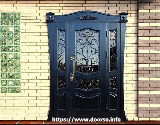 Нестандартная металлическая дверь в Можайске.