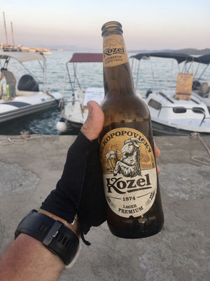 Das gehört mit einem  guten tschechischen Bier gefeiert.