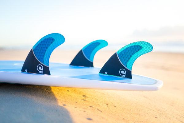 Curve Surf - Freshcoat Creative Graphic Design & Photography