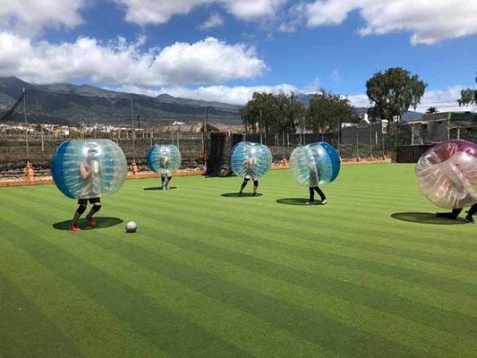 partida de bubble futbol en Tenerife