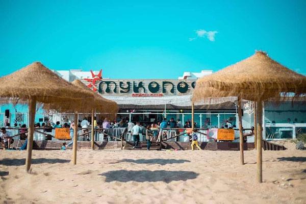Almuerzo en chiringuito Mykonos en Punta Umbría