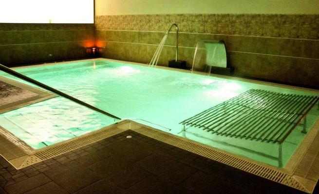 reserva ya el balneario spas en Sevilla para despedidas de solteras