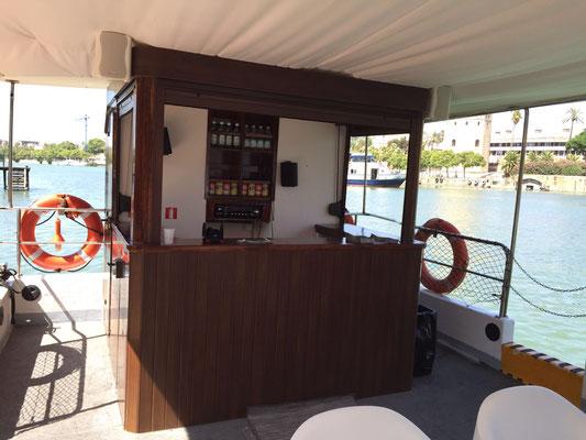 embarcación privada para paseos en el Guadalquivir