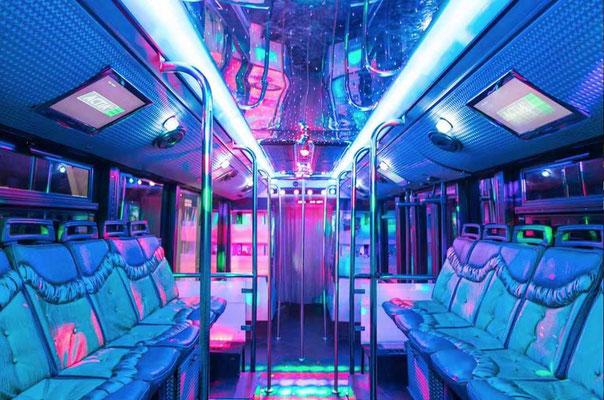 autobús gigante discoteca