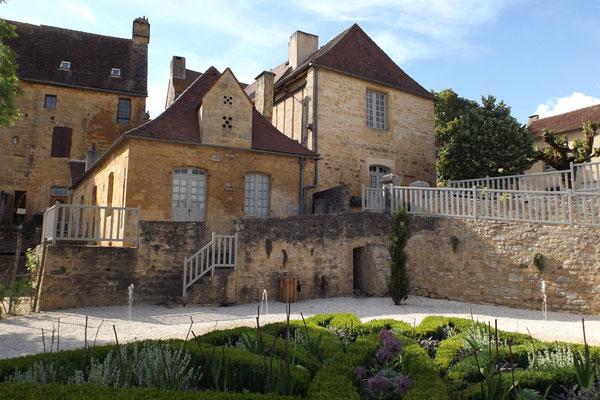 Maison de Sénéchal et jardin, Gourdon