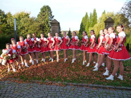 Mundartmesse mit Fahnenweihe der Standarte am 21.10.2012 in neuen Uniformen