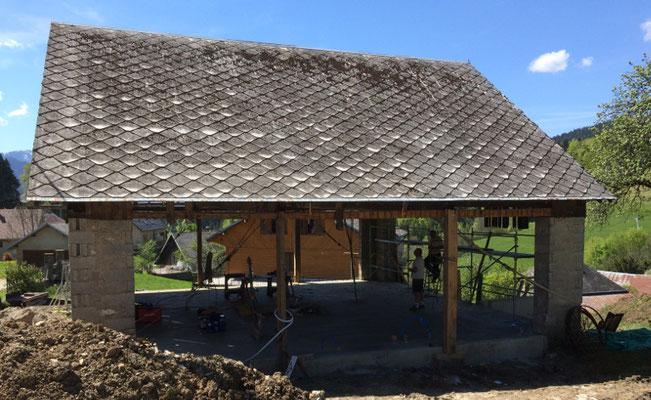 Grange de pays à Entremonts les Deserts, Savoie avant la réfection du toit