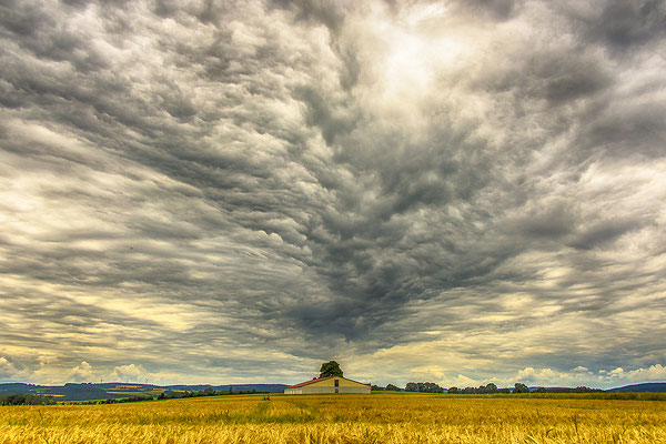 Wolken über Bernstein, Foto: Bernhard Lang