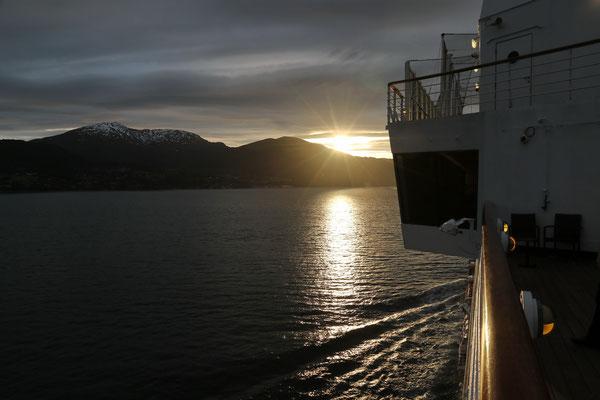 Sonnenuntergang, Foto: Helmut Meier