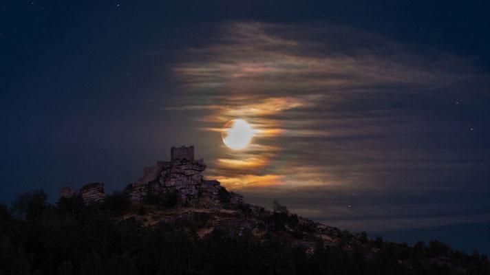 Mondfinsternis über Flossenbürg, Foto: Josef Beinrucker