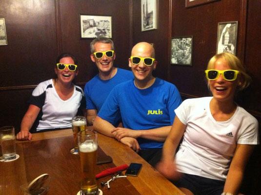 Unsere neuen gelben Sonnenbrillen