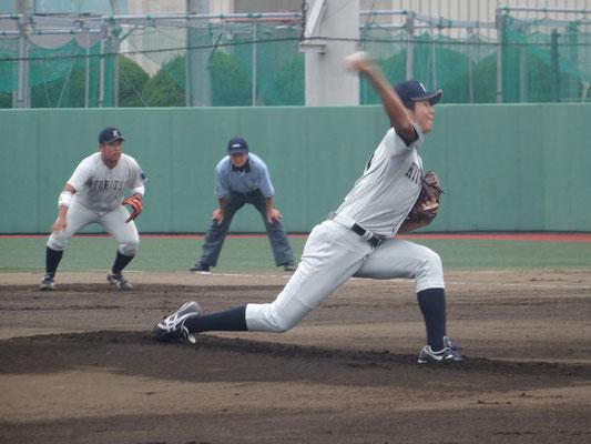 7回1失点と粘りのピッチングをみせた 岩本喜照投手(経3:常葉学園菊川高校)