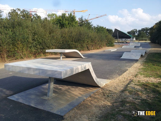 THE EDGE Skatepark Design & Construction - Spot St Jacques dela Lande