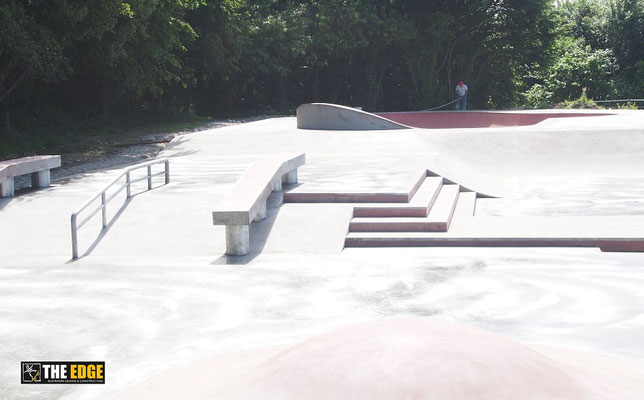 THE EDGE Skatepark Design & Construction - Skatepark béton Gouesnou