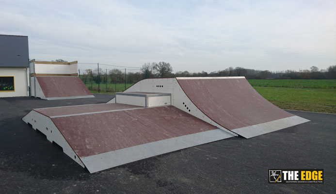 THE EDGE - Skatepark Design & Construction - Aire de Street Servon sur Vilaine