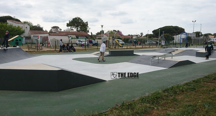 THE EDGE Skatepark Design & Construction - Skatepark béton Les Portes en Ré
