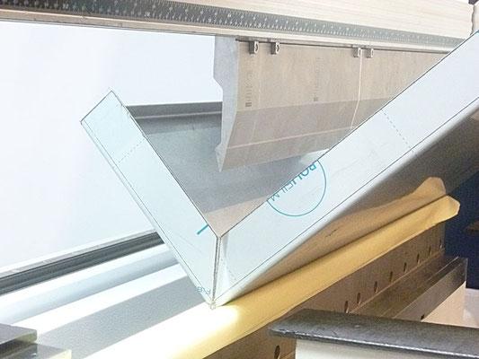 Pliage bâti défournement en ino 304L protégé 1 face en 1,5 mm