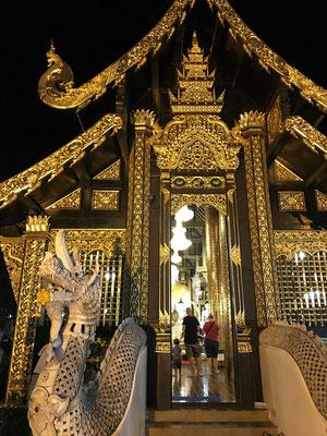 Tempel auf dem Nacht-Markt