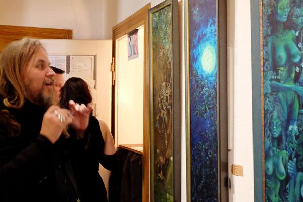 Holger Much entdeckt den 3D-Effekt seiner Ölgemälde