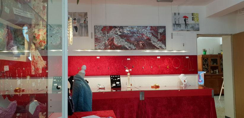 Ambniente des Kreativen Shops, die Schmuckseite, Foto von Alla Werr