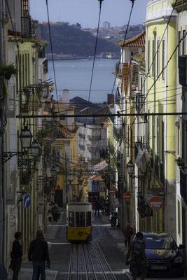 Lisbona - Rua da Bica