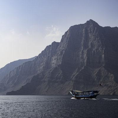 Una dhow nei fiordi di Khasab