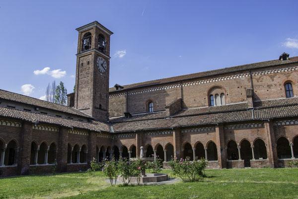 Abbazia di Chiaravalle - Chiostro