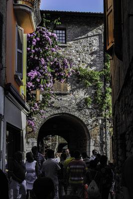Sirmione - la parte medievale della città