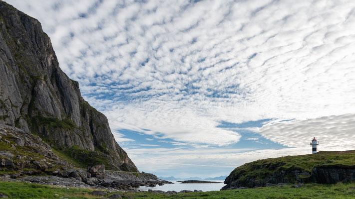 Leuchtturm auf den Vesteralen, Norwegen;  Foto: Iris Blümling