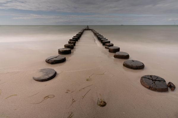 Strand bei Ahrenshog; Foto: Inge Straub