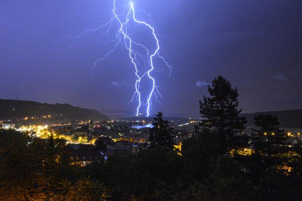 Blitze über dem Rhein; Foto: Werner Beermann