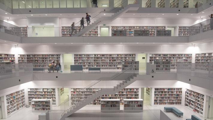 Bücherei Stuttgart; Foto: Iris Blümling