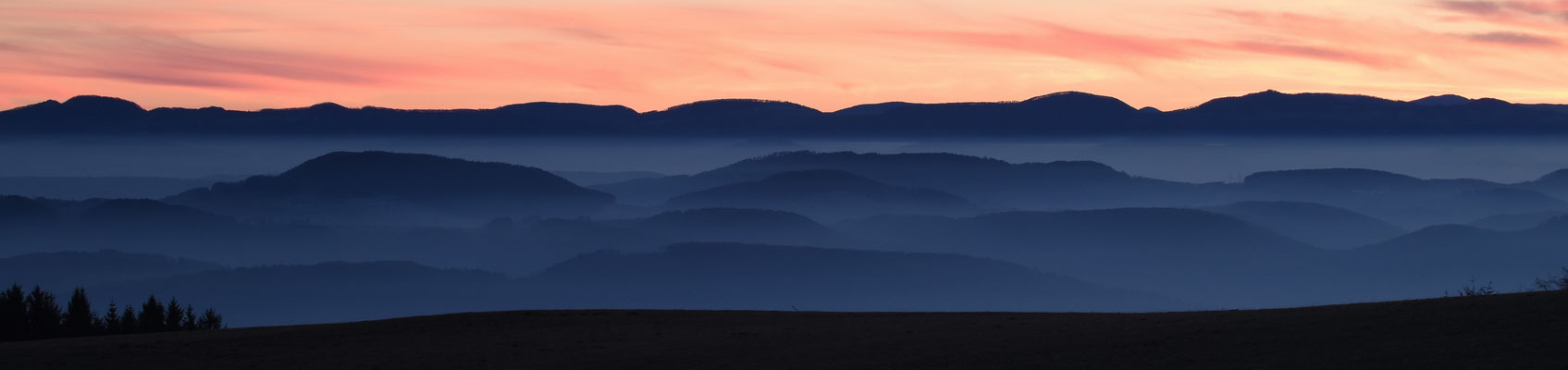 Alpenpanorama von Bergalingen aus; Foto: Joachim Hartbaum