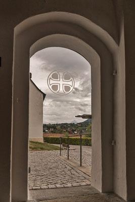 Kirchentür im Allgäu; Foto: Rudi Franck