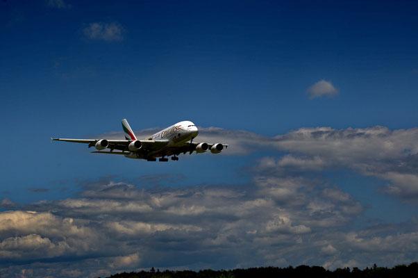 Airbus über der Heimat; Foto: Fred Bischoff