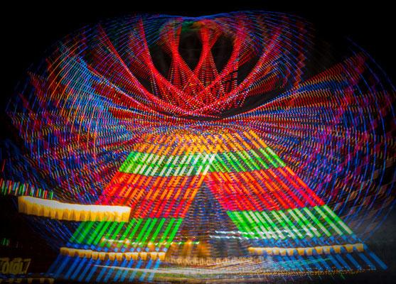 Lightpainting mit Riesenrad Foto: Inge Straub