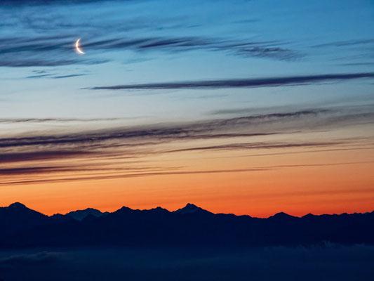 Sonnenaufgang am Rifugio Corte Nuovo, Tessin; Foto: Gast Peter Draemann
