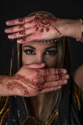 Portrait mit Henna; Foto: Michael Paiano