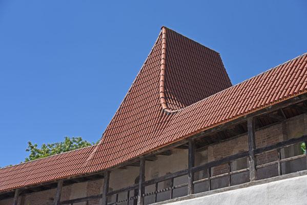 Dachlandschaft von unten (Nördlingen); Foto: Rudi Franck