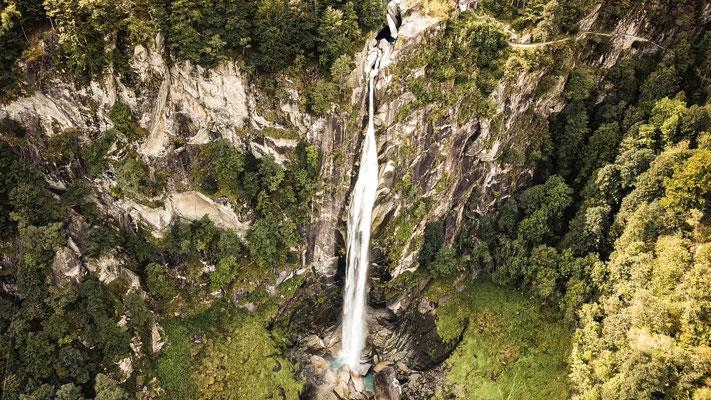 Wasserfall Foroglio Bavonatal; Foto: Thomas Schulter